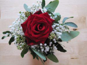 Ein kleiner Rosenstrauß als kleines Dankeschön an Lilia für ihre liebevolle Rückmeldung.